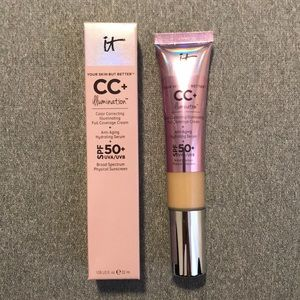 ✨IT Cosmetics✨ CC+ Cream with SPF 50 in Light